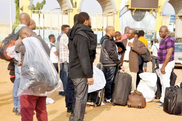 Photo of 83 Nigerians Deported From UK