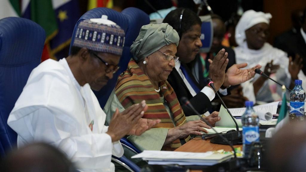 ECOWAS leaders 1 - Yahya Jammeh Shifts ECOWAS Leaders Visit to Friday