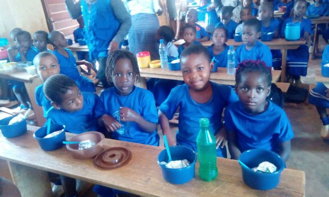 FG Offered N375m To Feed 700,000 Pupils In Five States