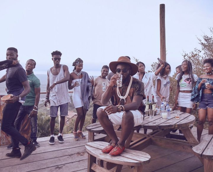 Photo of VIDEO: M.anifest ft. Dex Kwasi – 'Palm Wine & Whisky' | WATCH