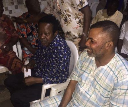 Photo of PHOTOS: King Sunny Ade Gets Brand New Mercedes, N10million From Fan