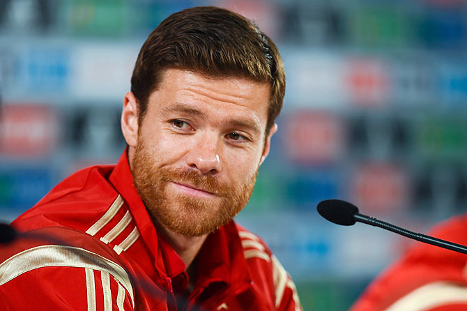 Xabi Alonso - Xabi Alonso Set to Retire From Football in June