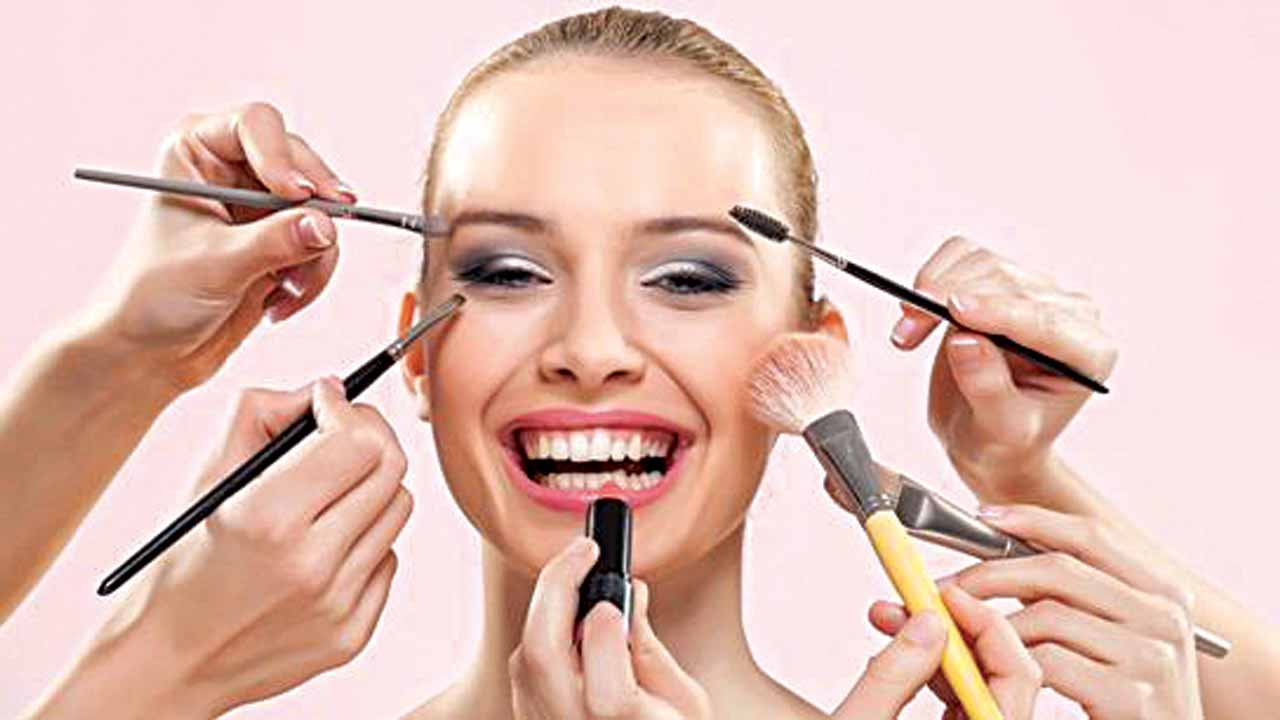 gallery 1436451948 primer tips - Five Odd Beauty Trends That You Should Stay Away From