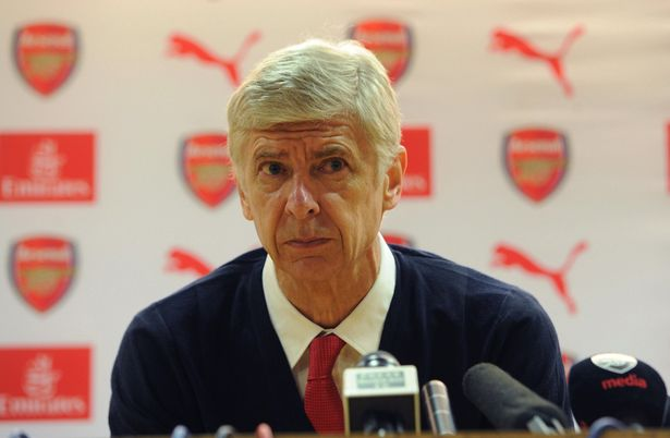 Photo of My Preference Is to Stay at Arsenal, Says Wenger