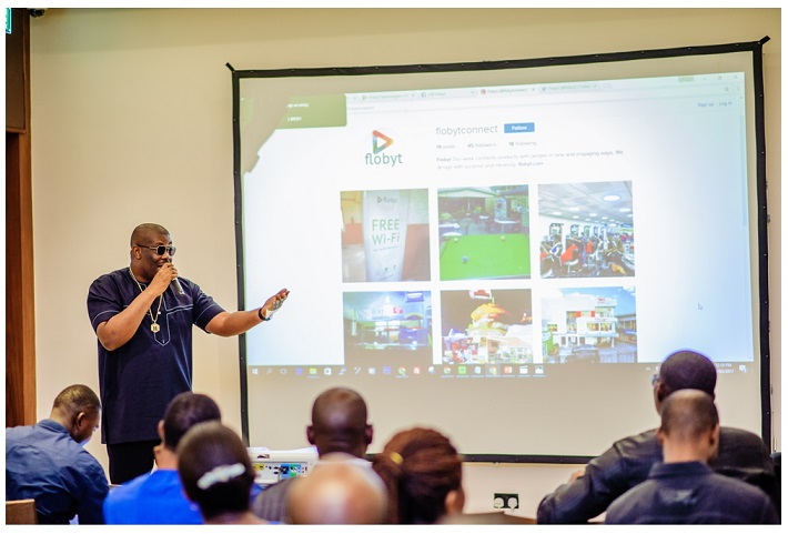 BEZ 9043 - Flobyt: Don Jazzy, Tsaboin Launch Free Wi-Fi Service In Public Places