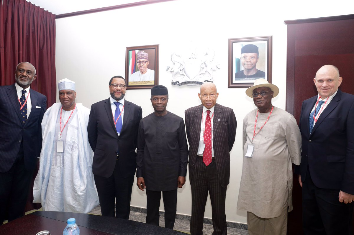 Photo of PHOTOS: Acting President Osinbajo Receives MTN Nigeria CEO, Group Chairman In Abuja