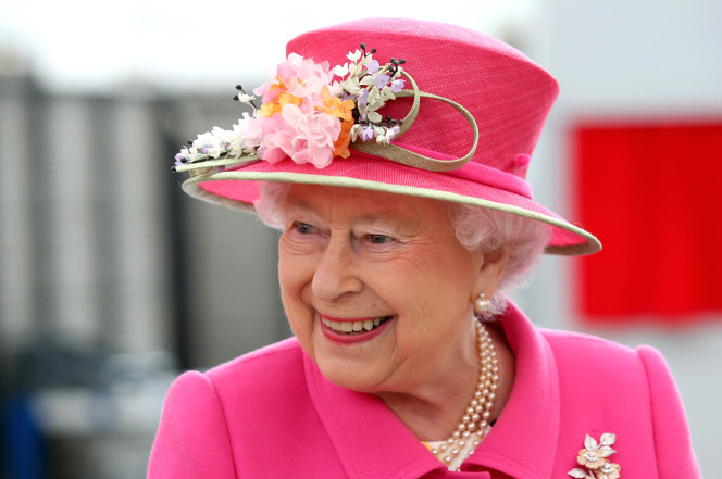 QUEEN Eli II OkayNG - Queen Elizabeth II Sets New Record, Marks 65 Years on Britain's Throne