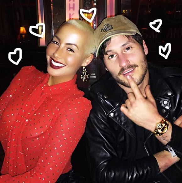 Photo of Amber Rose Relationship With Val Chmerkovskiy is Over – Reports