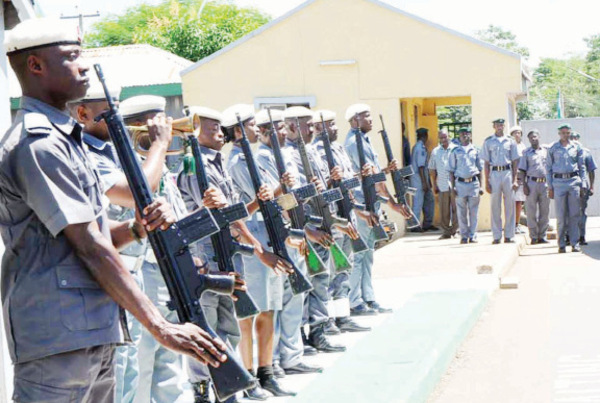 customs officers OkayNG - Customs to Commence 24-Hour Operations at Nigeria Ports