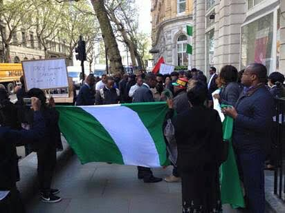 protest UK - PHOTOS: Nigerians In UK Storm Nigerian High Commission Demanding To See President Buhari