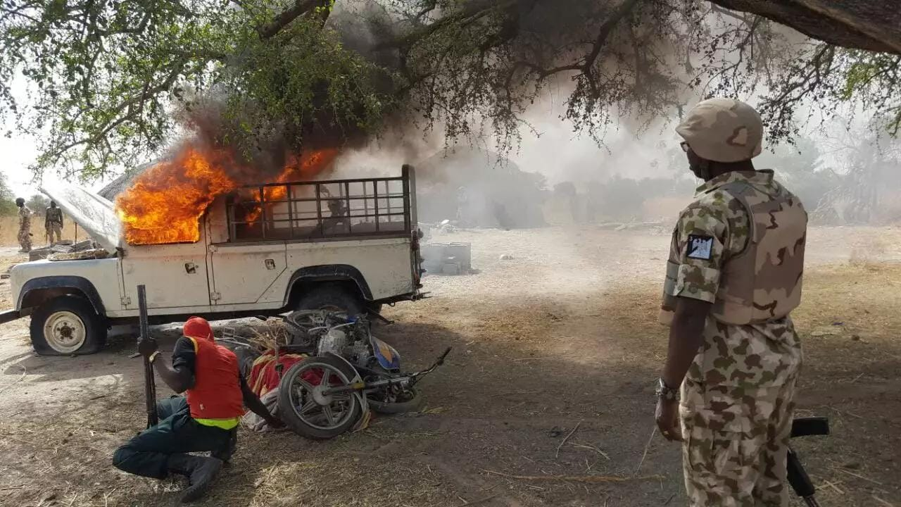 Boko Haram Military - Nigerian Troops Storm Boko Haram Base, Rescue 455 Hostages