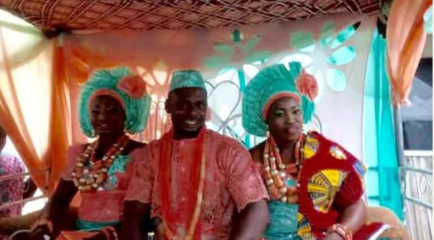 Photo of WEDDING PHOTOS: Man In Delta Marries Two Wives On Same Day