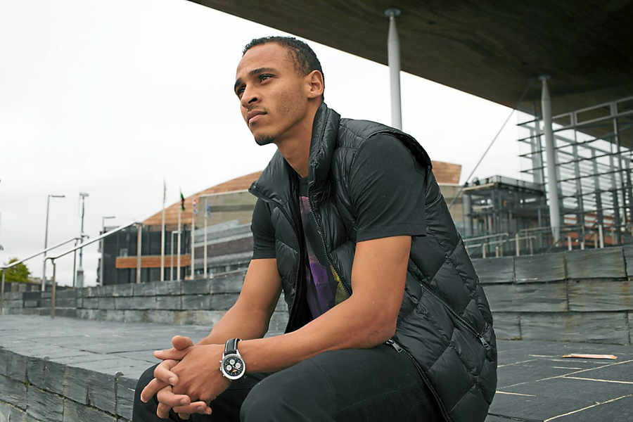 Osaze Odemwingie - Osaze Odemwingie Set to Join Michael Essien in Indonesian Liga