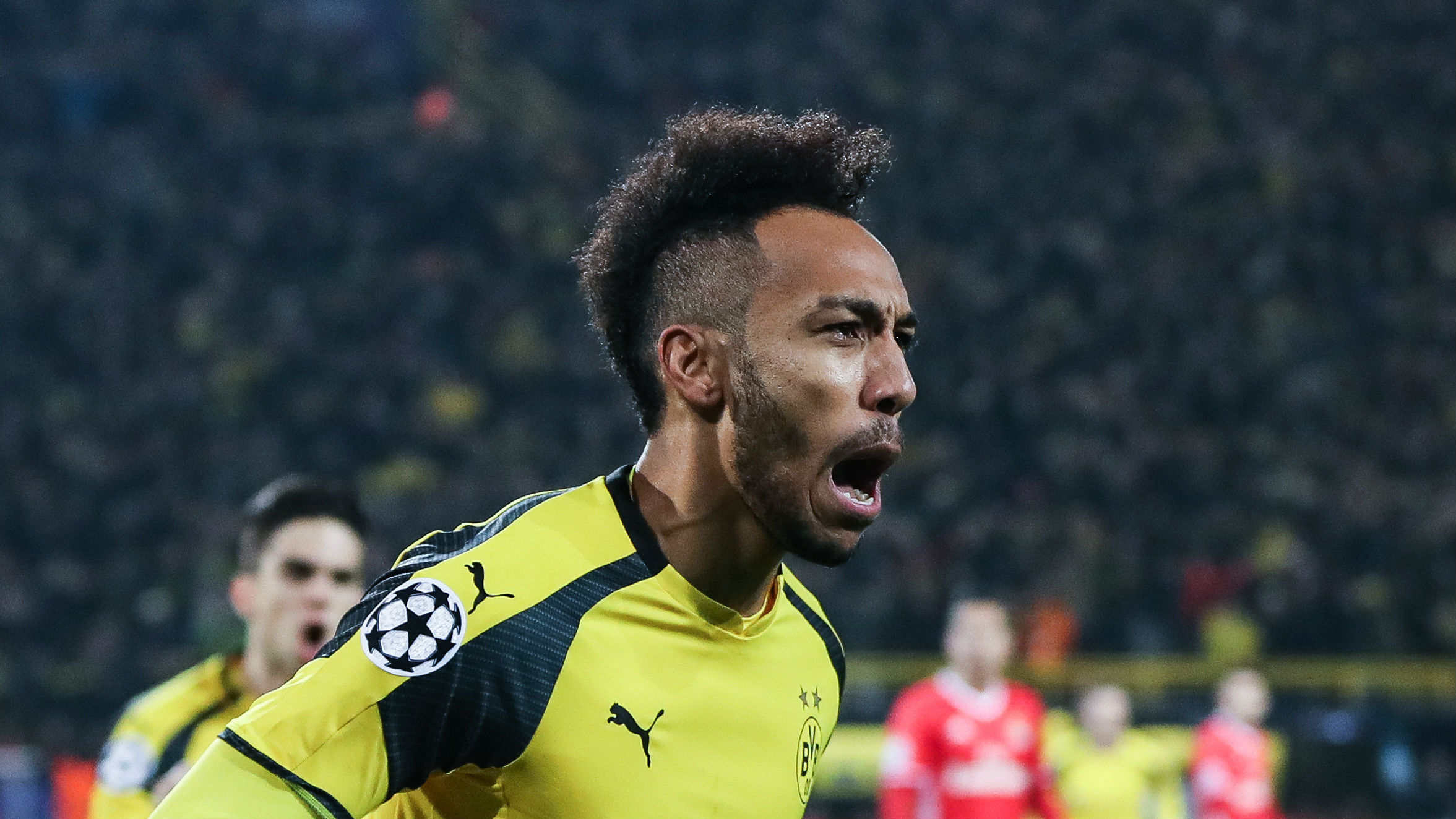 pierre emerick aubameyang dortmund 6qtvxj24xsru19tf0vj8tch2r - Borussia Dortmund 4-0  Benfica: Aubameyang, Pulisic See Dortmund to Quarter Finals