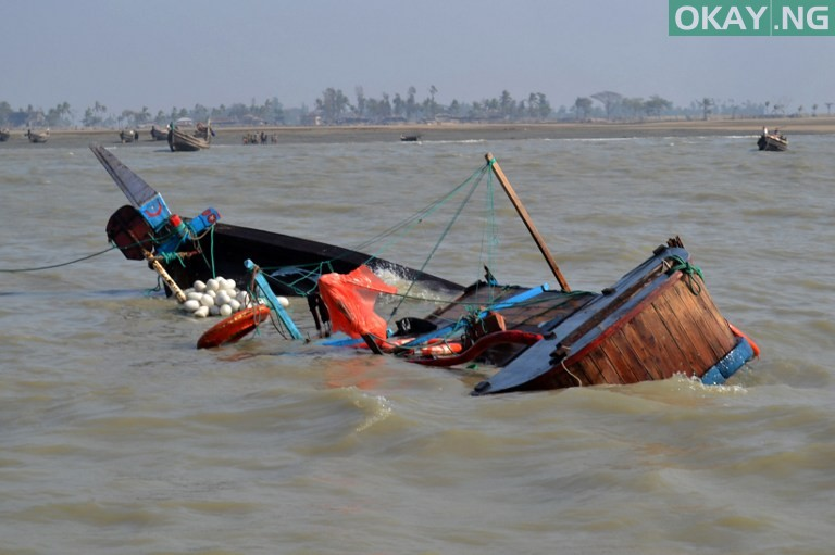 Photo of One confirmed dead, 19 persons rescued as boat capsizes in Lagos