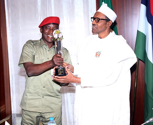 Photo of Sports Minister, Dalung Meets President Buhari On World Cup, Others