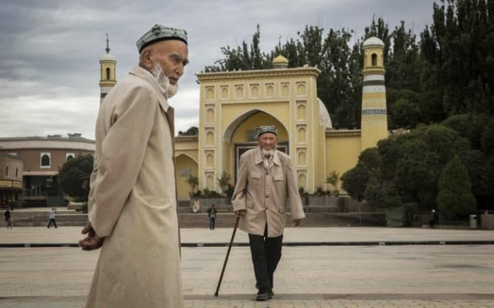 Photo of China Bans List of Islamic Names for Muslim Babies