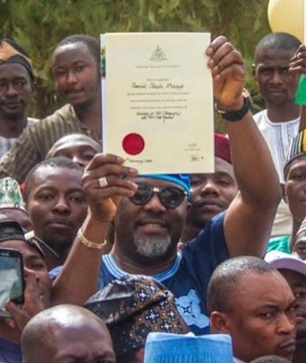 Photo of PHOTOS: Dino Melaye Collects His Certificate From ABU Zaria