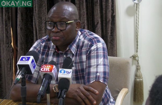 Photo of Fayose begs for forgiveness from Ekiti PDP members