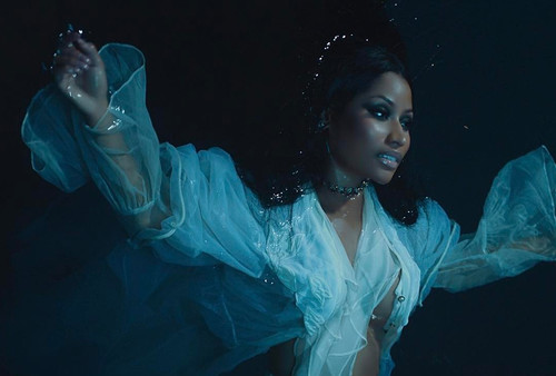 Watch Stylish Nicki Minaj in Her New Video 'Regret Your Tears'