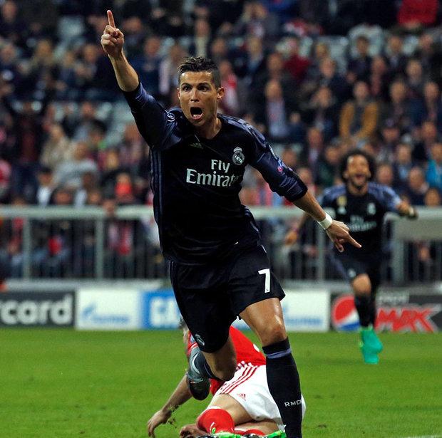 903400 - Xavi Reveals The Problem Ronaldo Has With Messi