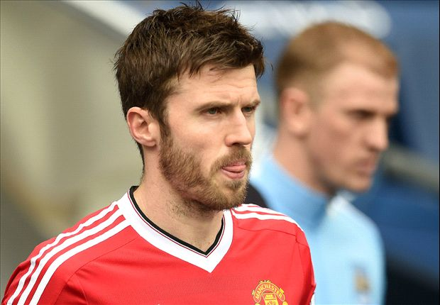 Photo of Michael Carrick Signs New One-year Contract with Manchester United