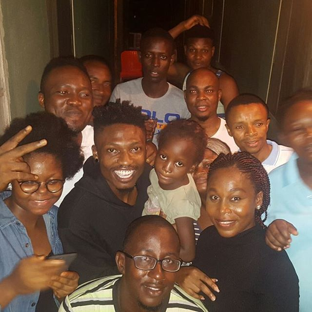 Photo of Efe Pays Surprise Visit to His Former Home in Bariga, Lagos – PHOTOs