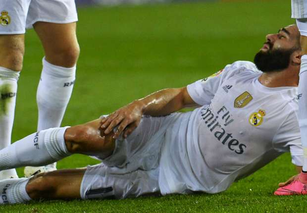 Photo of Real Madrid: Dani Carvajal Suffers Hamstring Injury After 3-0 Win Over Atletico Madrid