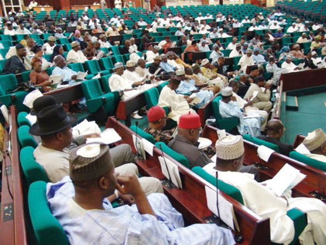Photo of R-APC Lawmakers Shift Plans for Mass Defection