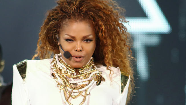 Photo of Janet Jackson Set to Resume Tour, Confirms Separating From Husband