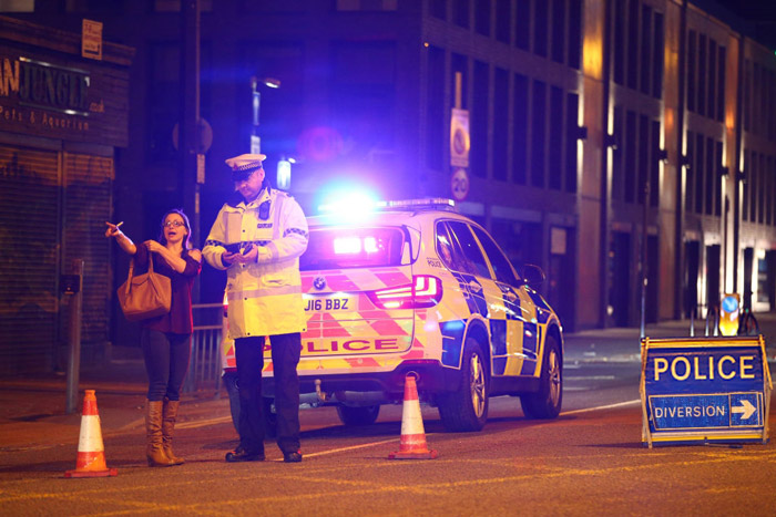Photo of 19 People Dead, 50 Others Injured As Explosion Rocks Venue of Ariana Grande's Concert In Manchester