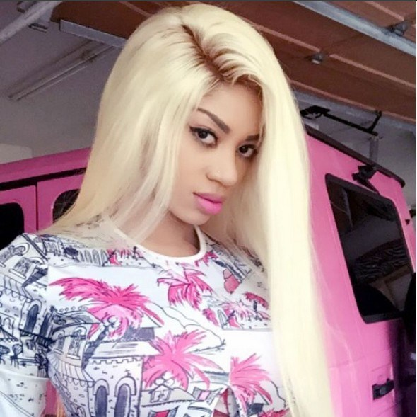 Photo of Dencia Disgrace Wizkid & Davido Over Fake Posts
