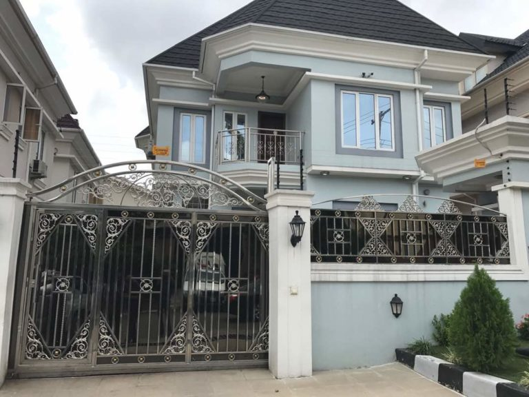 Evans magnificent mansion in Magodo area of Lagos