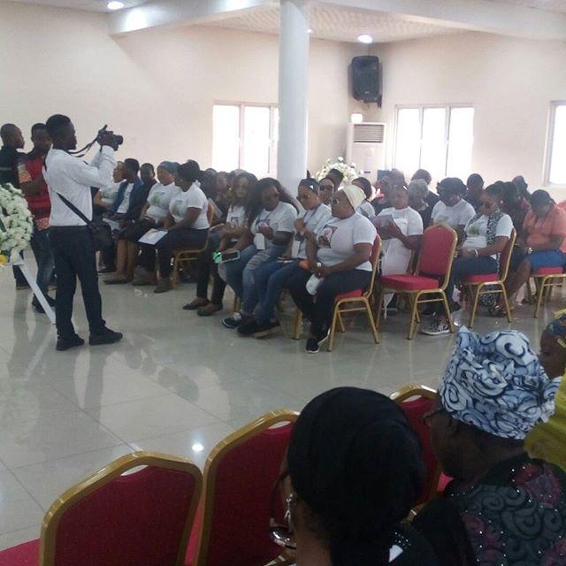 PHOTOS: Moji Olaiya's Burial Ceremony in Lagos