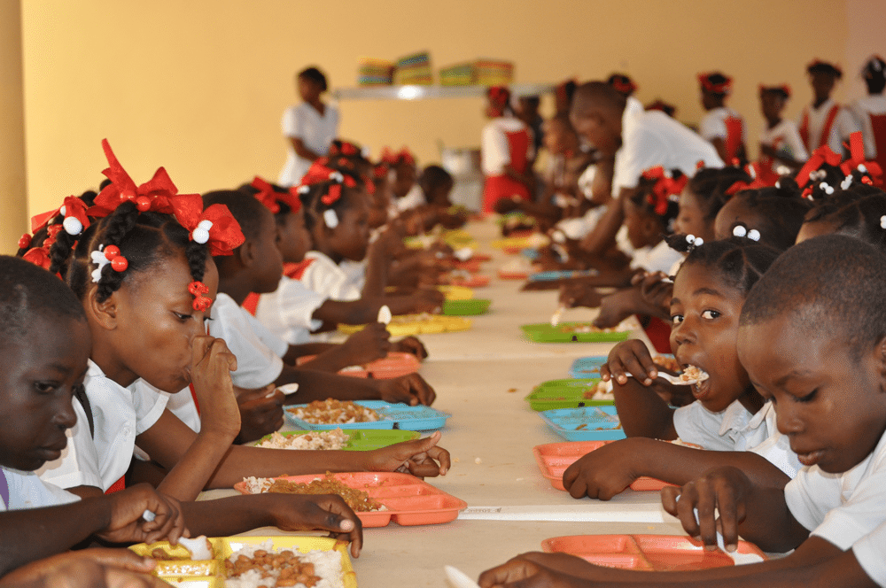 School children - FG to Feed 800,000 Pupils In Kaduna State