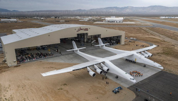 Stratolaunch - Microsoft Co-Founder, Paul Allen Launches World's Largest Airplane Named 'Stratolaunch'
