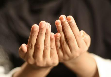 7 Best Times to Supplicate to ALLAH In The Holy Month of Ramadan