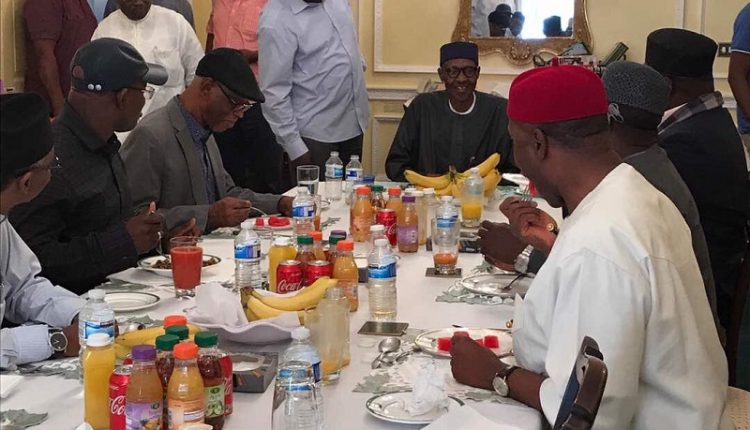 Photo of PHOTO: President Buhari Receives APC Leaders, Governors In London
