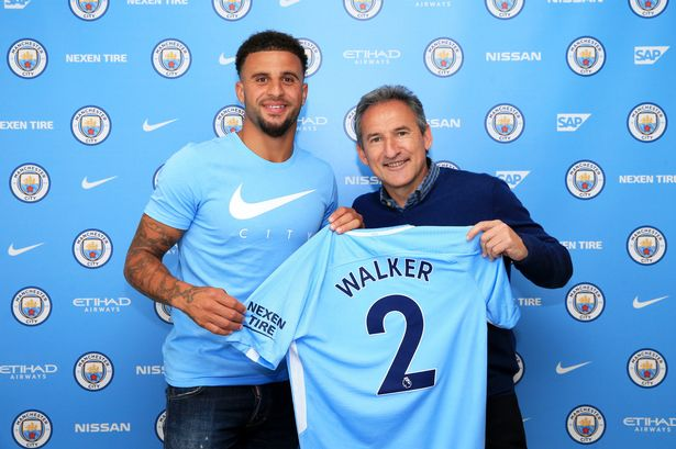 Photo of Kyle Walker Signs For Manchester City From Tottenham Hotspur