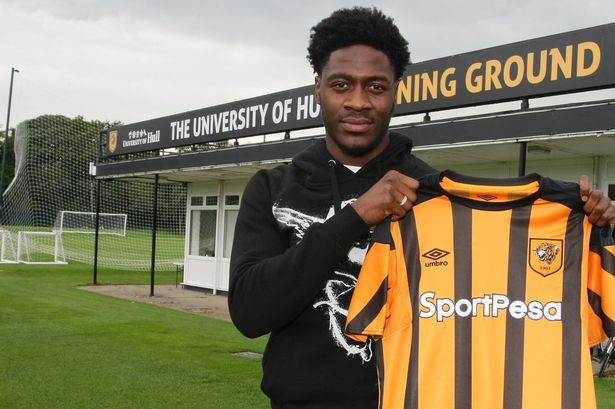 Photo of Ola Aina Signs For Hull City On Loan From Chealsea
