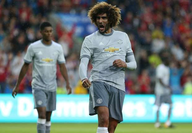 marouane fellaini cropped gtxtoi6ssbv11a7waxh23jmpw - VIDEO: Valerenga 0-3 Manchester United (Club Friendlies) Highlights