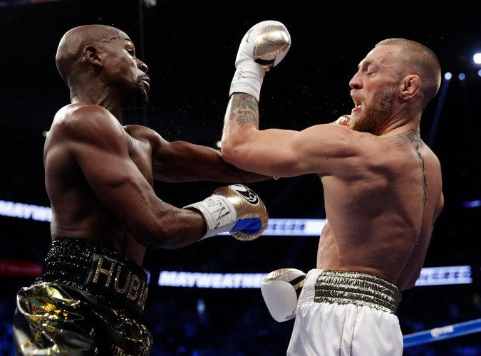 Mayweather McGregor - Floyd Mayweather Defeats Conor McGregor In 10th Round