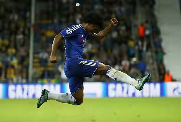 willian of chelsea celebrates scoring his teams second goal during picture id498626902 - Barcelona Could Turn To Chelsea's Willian