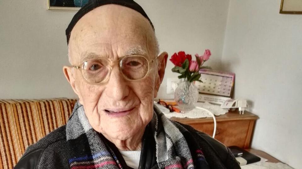 world oldest man - World's Oldest Man Aged 113 Years Dies In Israel
