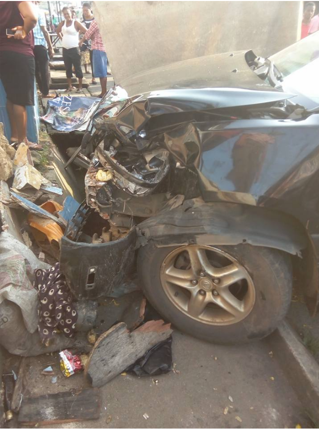 wp image 1318349899 - In Owerri: Young Girl Assisting Her Mum Fry Akara Crushed By Driver