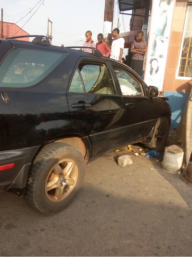 In Owerri: Young Girl Assisting Her Mum Fry Akara Crushed By Driver - OkayNG News