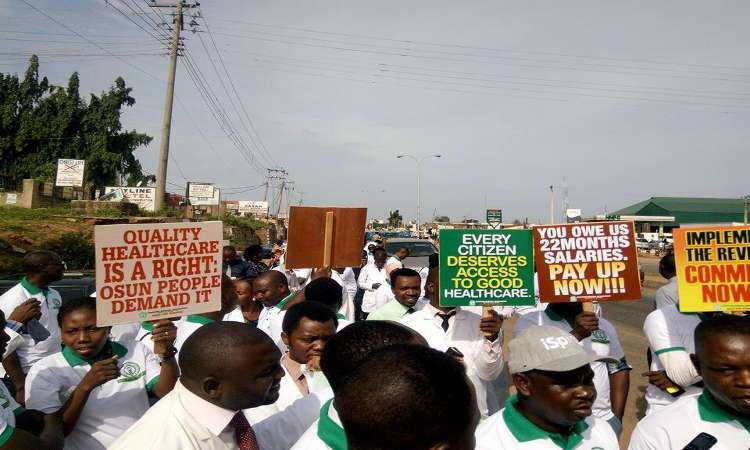 Doctors Protesting 1 - Health Workers Declare Indefinite Strike