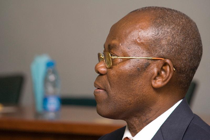Photo of Senate Swears In Andrew Uchendu to Replace Sekibo