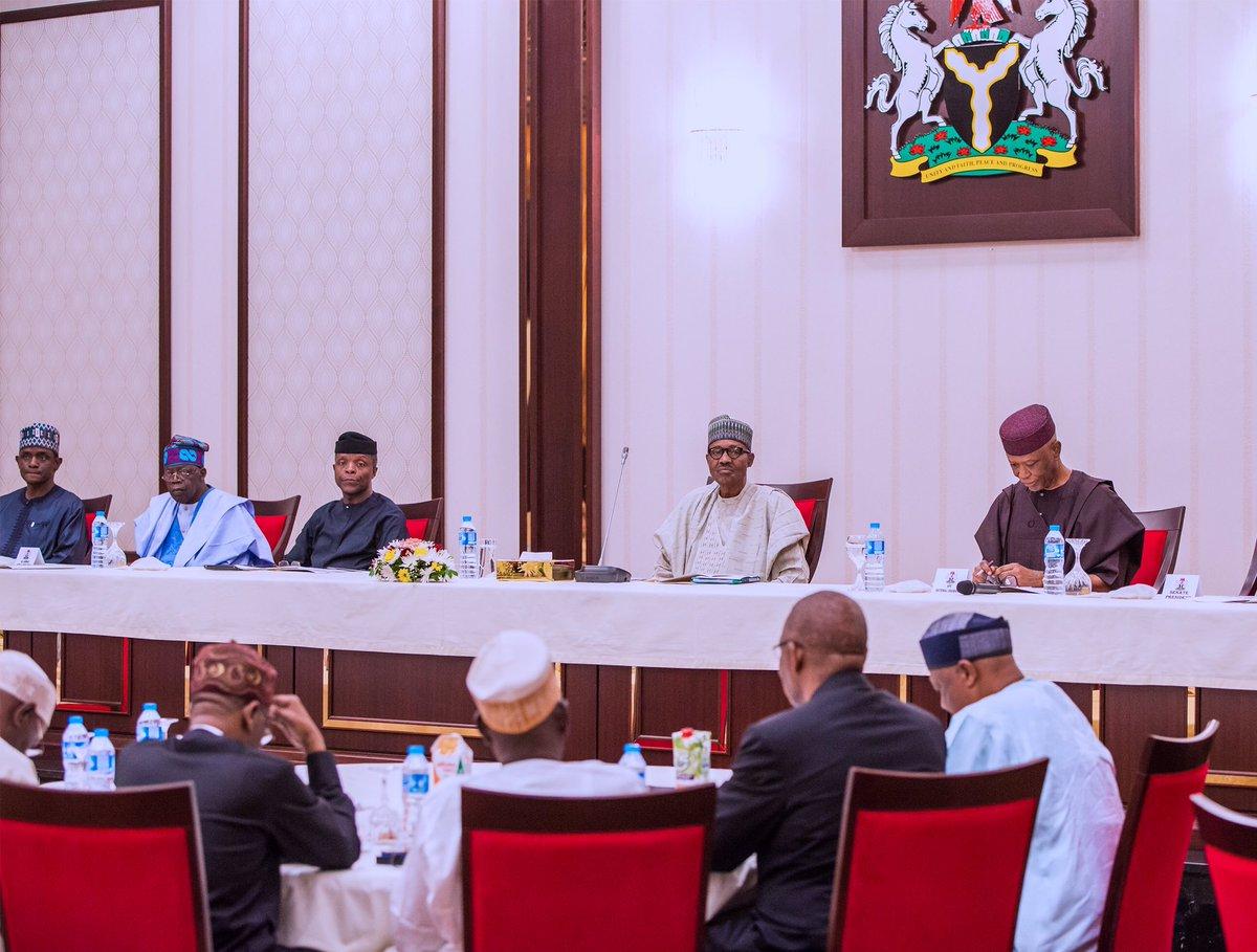 Photo of PHOTOS: President Buhari Presides Over APC National Caucus Meeting In Aso Rock Villa
