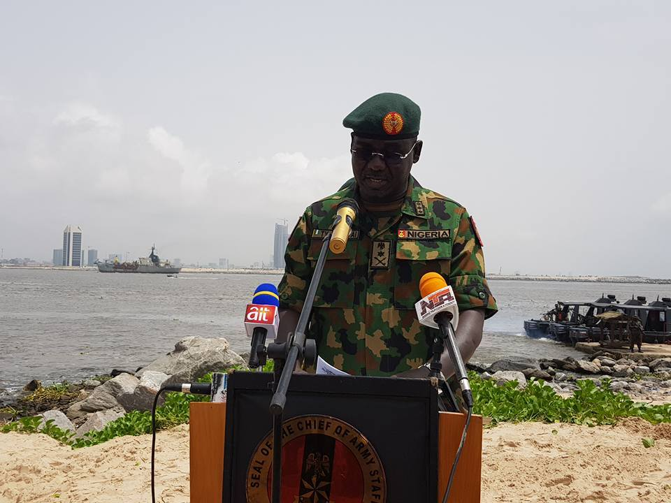 Photo of Buratai Warns Military Officers Against Showing Support for Any Political Party Ahead of 2019 Elections